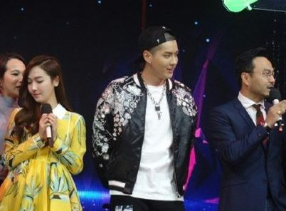 Jessica and Kris (Wu Yi Fan) Meet on Chinese Variety Show