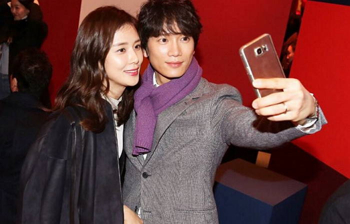 Ji Sung and Lee Bo Young Spotted Enjoying a Date Together