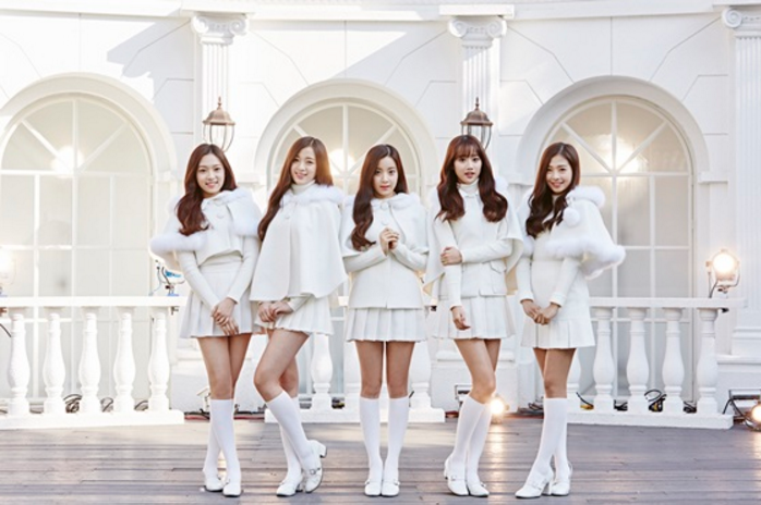 "April Celebrates the Holiday Season With Release of Special Winter Album, ""Snowman"""
