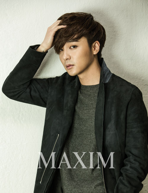 Roy Kim Talks About Ideal Type and New Album in MAXIM Interview