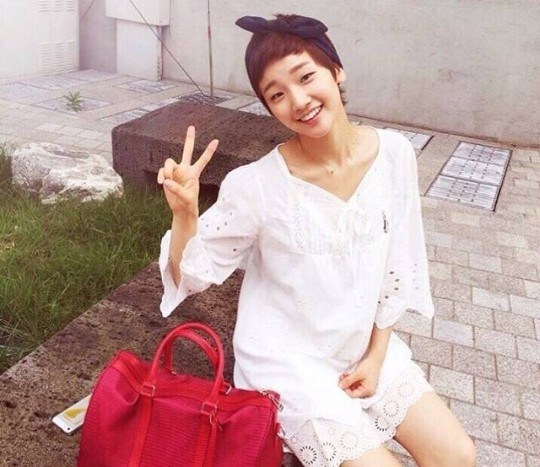 """Park So Dam Reveals Her Confidence in Her Looks On """"Showbiz Korea"""""""