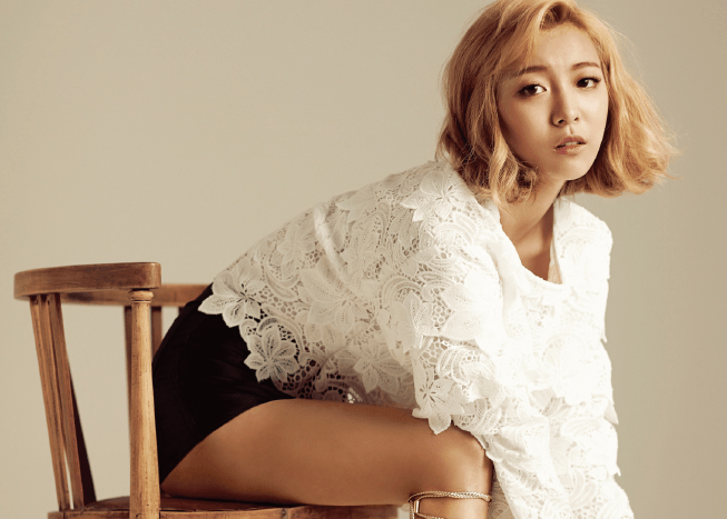 f(x)'s Luna Asks People to Report Imposters on Social Media