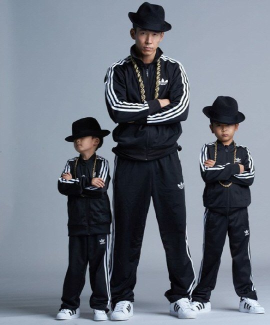 Sean and His Sons Show Off Their Swag