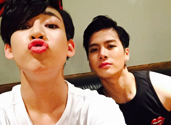 """GOT7's BamBam and Jackson Join """"Where Is My Friend's Home"""" Cast for Thailand Trip"""