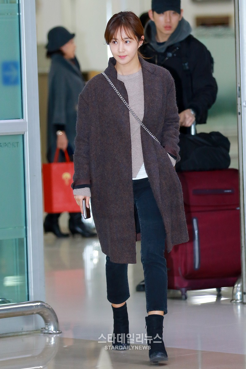 Girls Generation And Twice Impress With Their Winter Airport Fashion Soompi