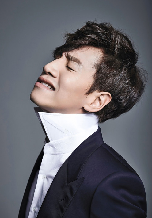 Lee Kwang Soo Appears in US Toyota Commercial
