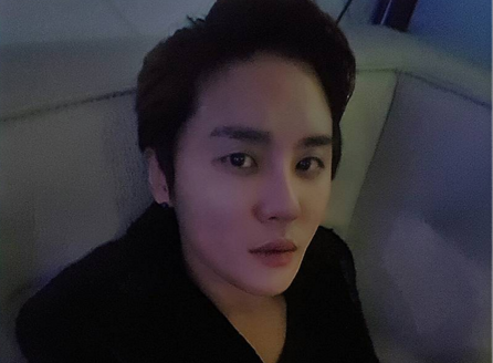 JYJ's Junsu Apologizes for Being Unable to Appear at Seoul Music Awards