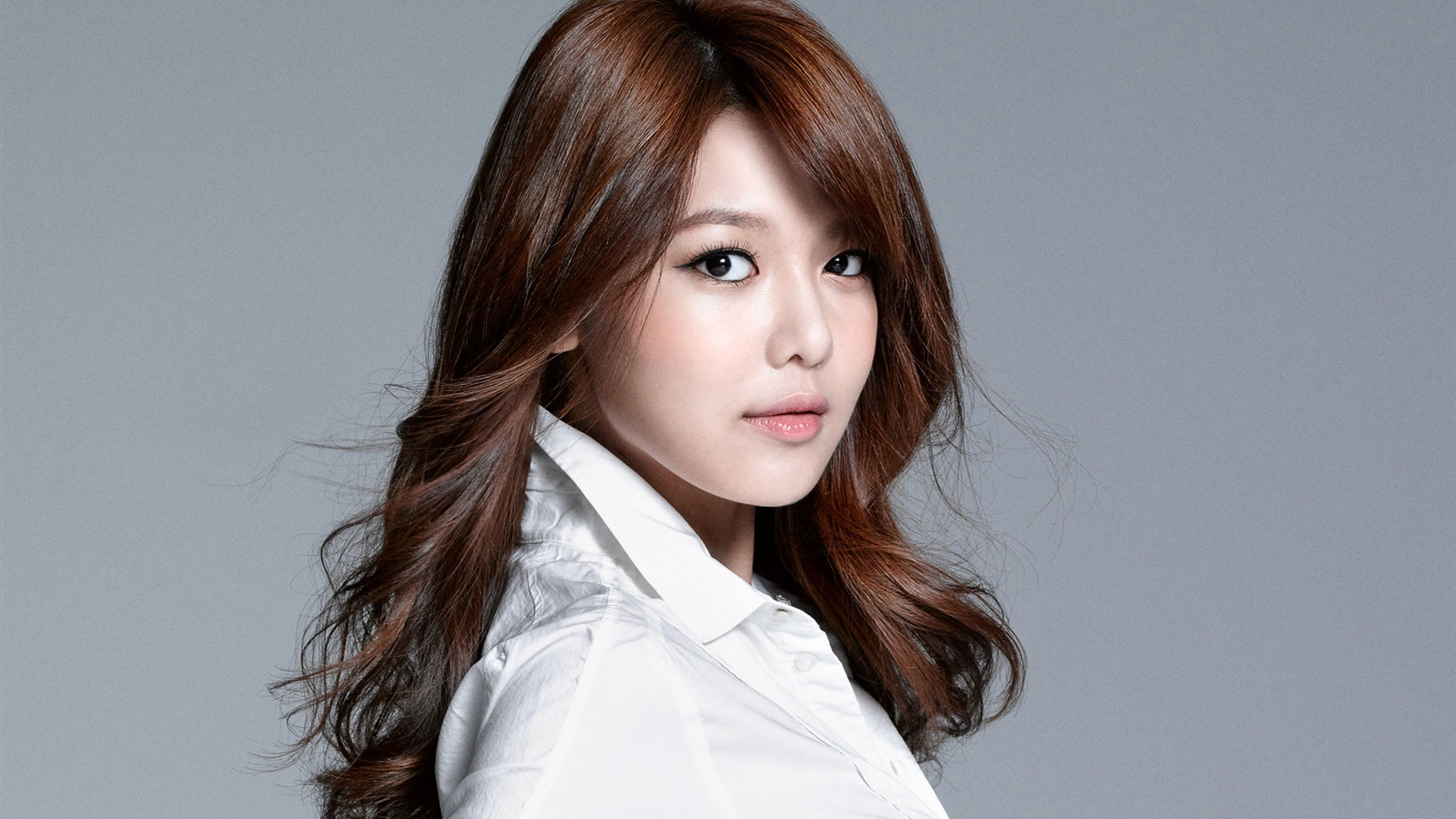 Girls' Generation's Sooyoung Joins Snapchat!