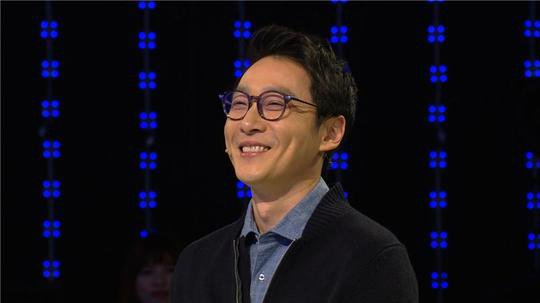 Lee Hwi Jae Wants to Send His Twins to SM or YG Entertainment