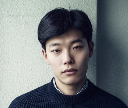 ryu jun yeol s agency to pursue legal action against netizens spreading false rumors