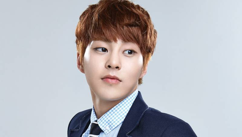 EXO's Xiumin to Participate in Golden Disc Awards Performance as Planned