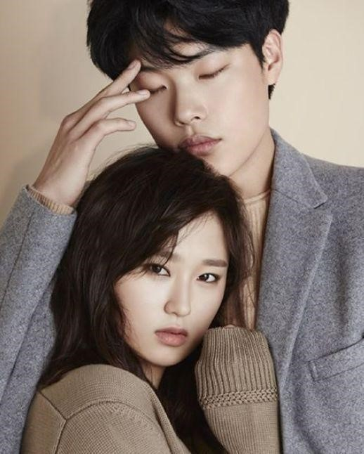 Ryu Hye Young with Ryu Jun Yeol