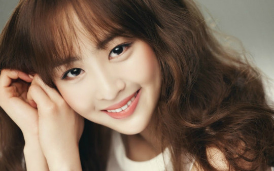Dasom Reveals Hateful Comments She's Received Online, Agency and Commenter Each Responds