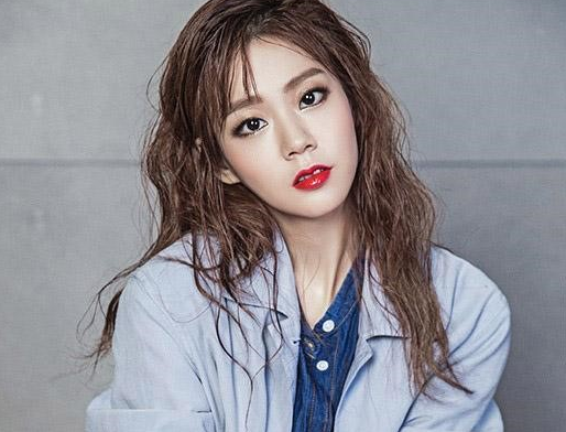 Han Seung Yeon To Release First Solo Song Since KARA Disbandment