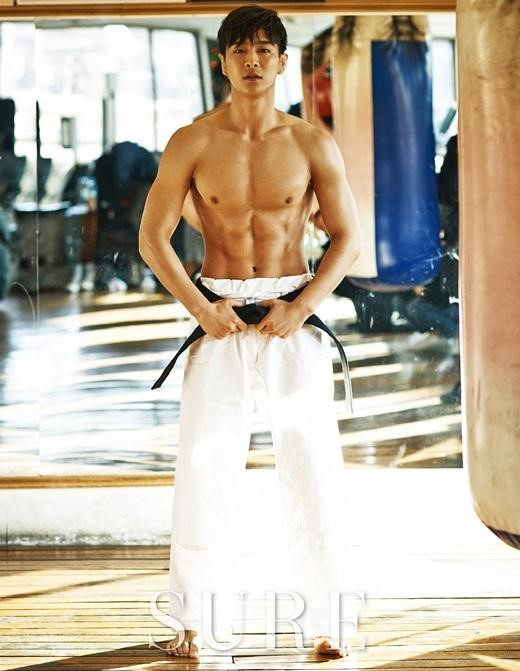 MADTOWN's Jota Flexes His Muscles in Judo Themed Pictorial
