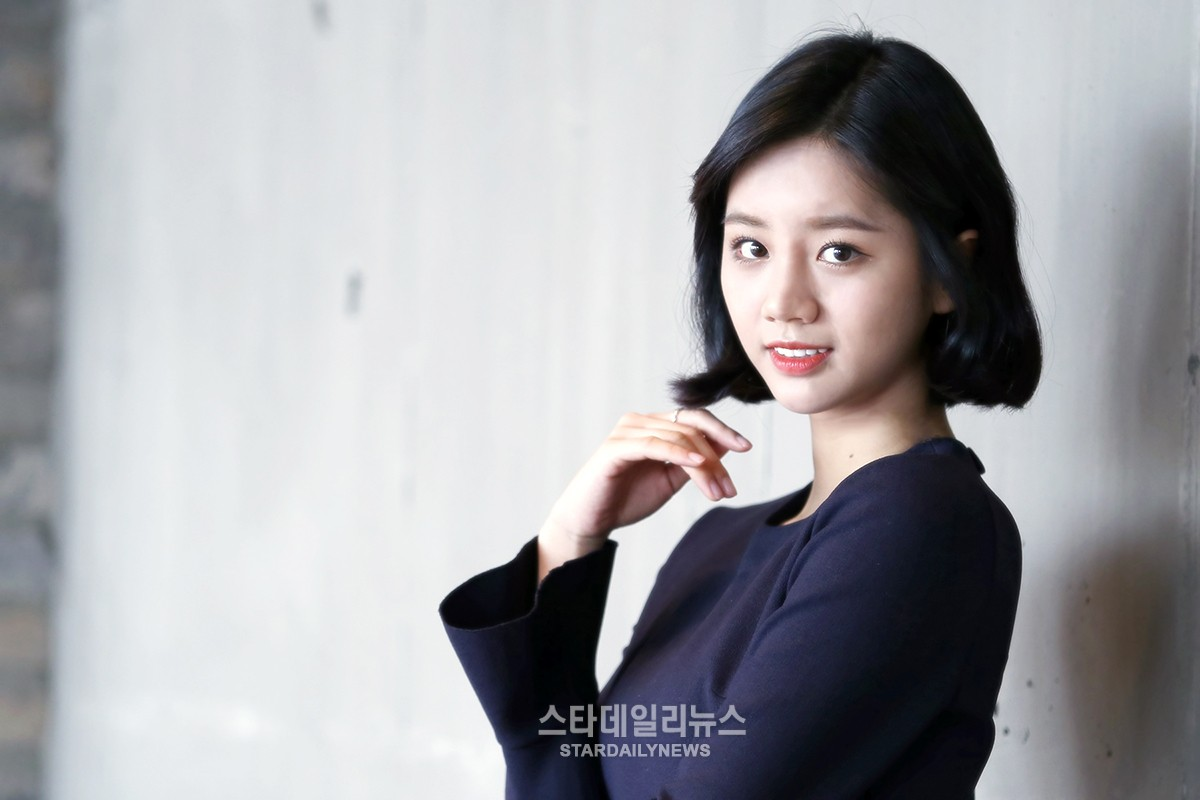 "Hyeri Explains Duk Sun's Choice of Husband in ""Reply 1988"""