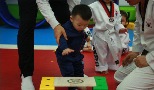 Daebak Channels Hyun Bin as He Tries Out Taekwondo