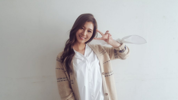 TWICE's Sana Teases Special Project Slated for Release in February