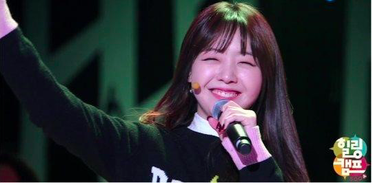 "Girl's Day's Minah Sheds Tears During Performance on Last Episode of ""Healing Camp"""