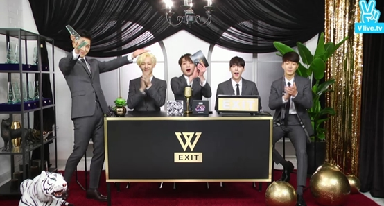 Winner Thanks Artists Who Covered Their Title Tracks During Live Broadcast