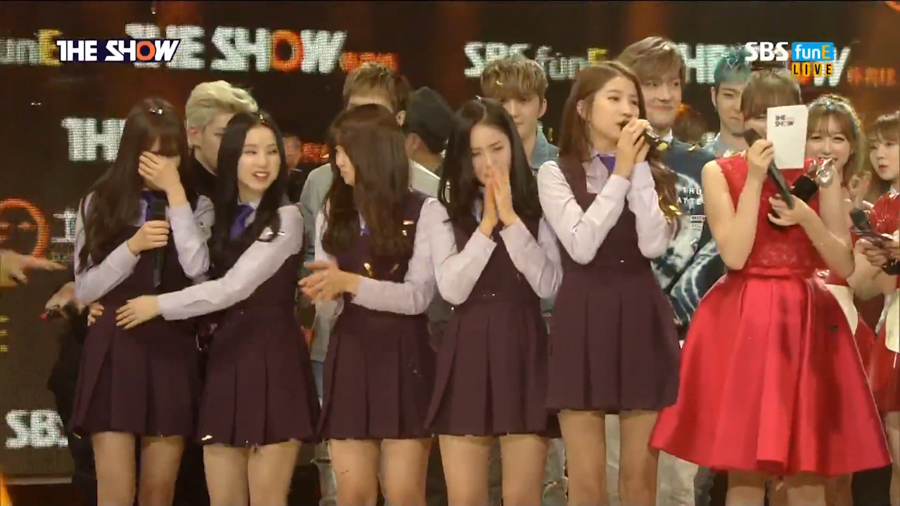 "GFRIEND Takes Home First Ever Music Show Win on ""The Show"""