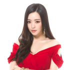 Hong Soo Ah Says She Hasn't Gotten Any Major Plastic Surgery