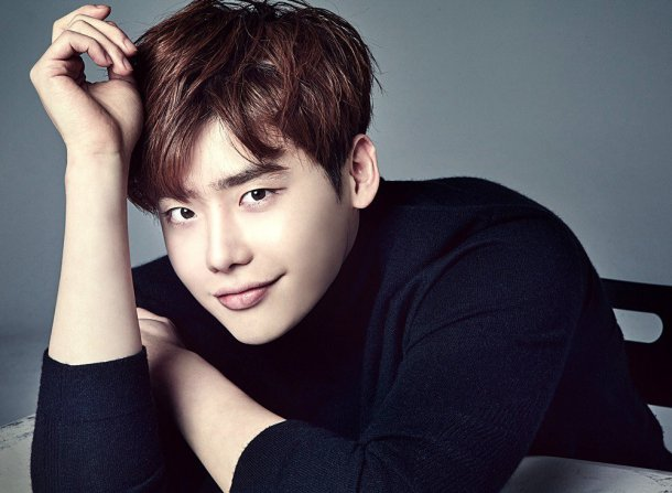 Lee Jong Suk Joins YG Entertainment