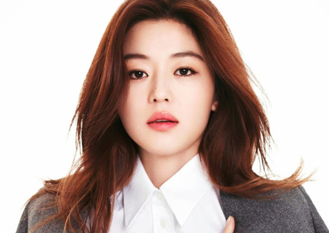 Jun Ji Hyun Gives Birth to Her First Child