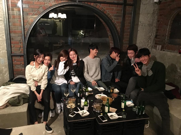 """Sassy Go Go"" Cast Gathers for Heartwarming Reunion Party"