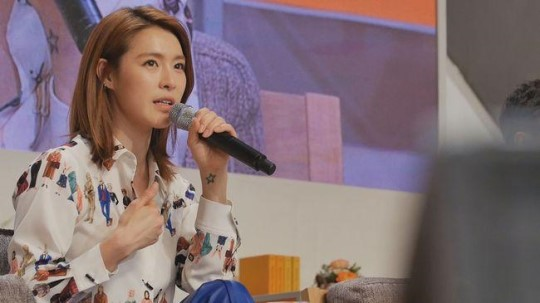 Kahi Gets Tearful While Discussing Past Volunteer Experience