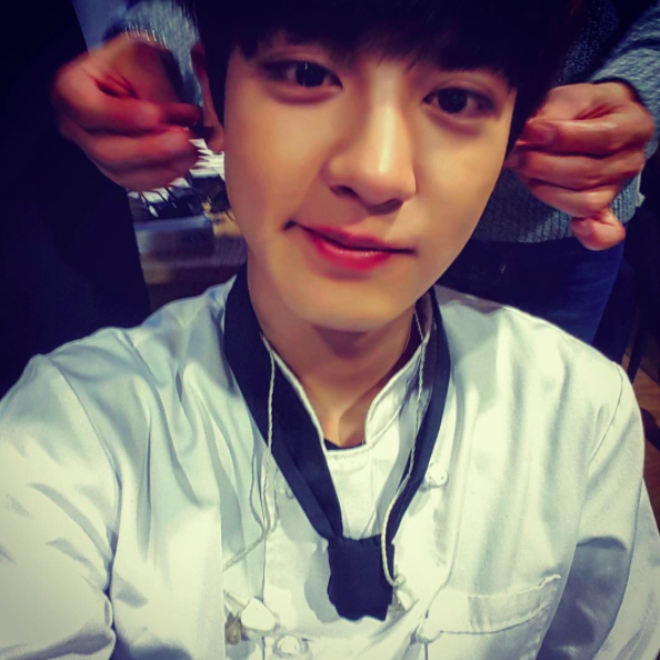 EXO's Chanyeol Begs Sasaengs to Stop Invading His Privacy