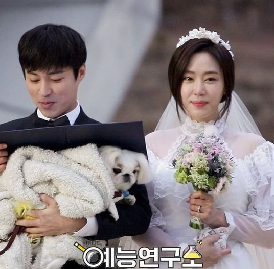 """Kang Ye Won and Oh Min Seok Get Married and Test Feelings With Lie Detector on """"We Got Married"""""""