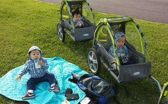 Song Il Gook Joins Instagram With the Triplets