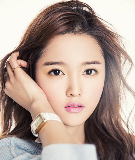 Updated: Actress Nam Bora Responds to Dating Reports