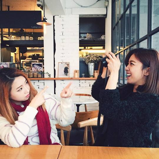 Luna Shares a Cute Picture with Minzy