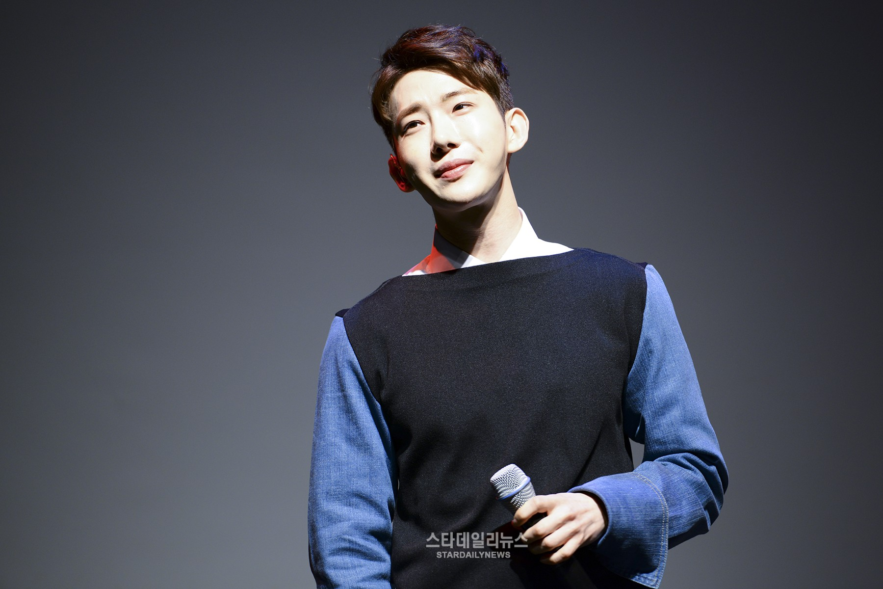 "Jo Kwon's Personal Love Life Inspires His Newest Song ""Crosswalk"""