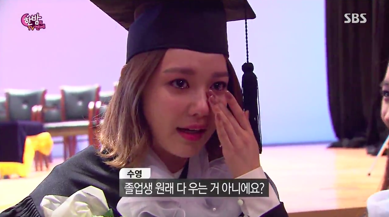 watch girls generations sooyoung cries after graduating from college