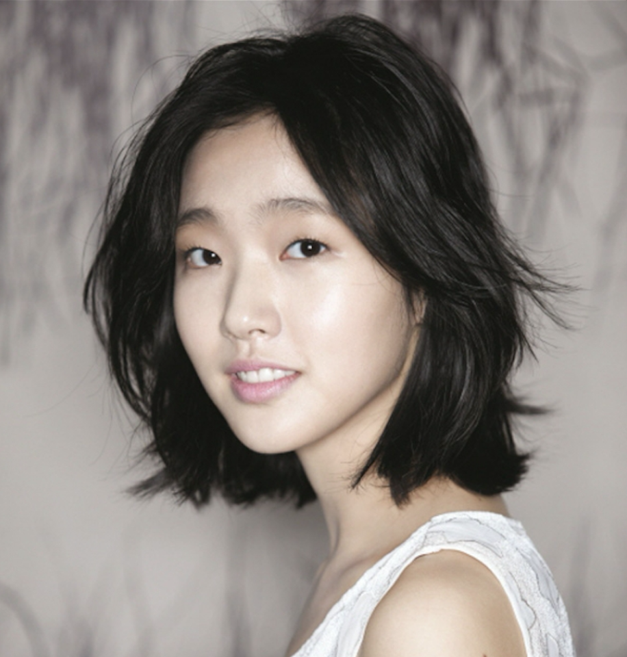 Meet Kim Go Eun, the Hottest New Actress in Town