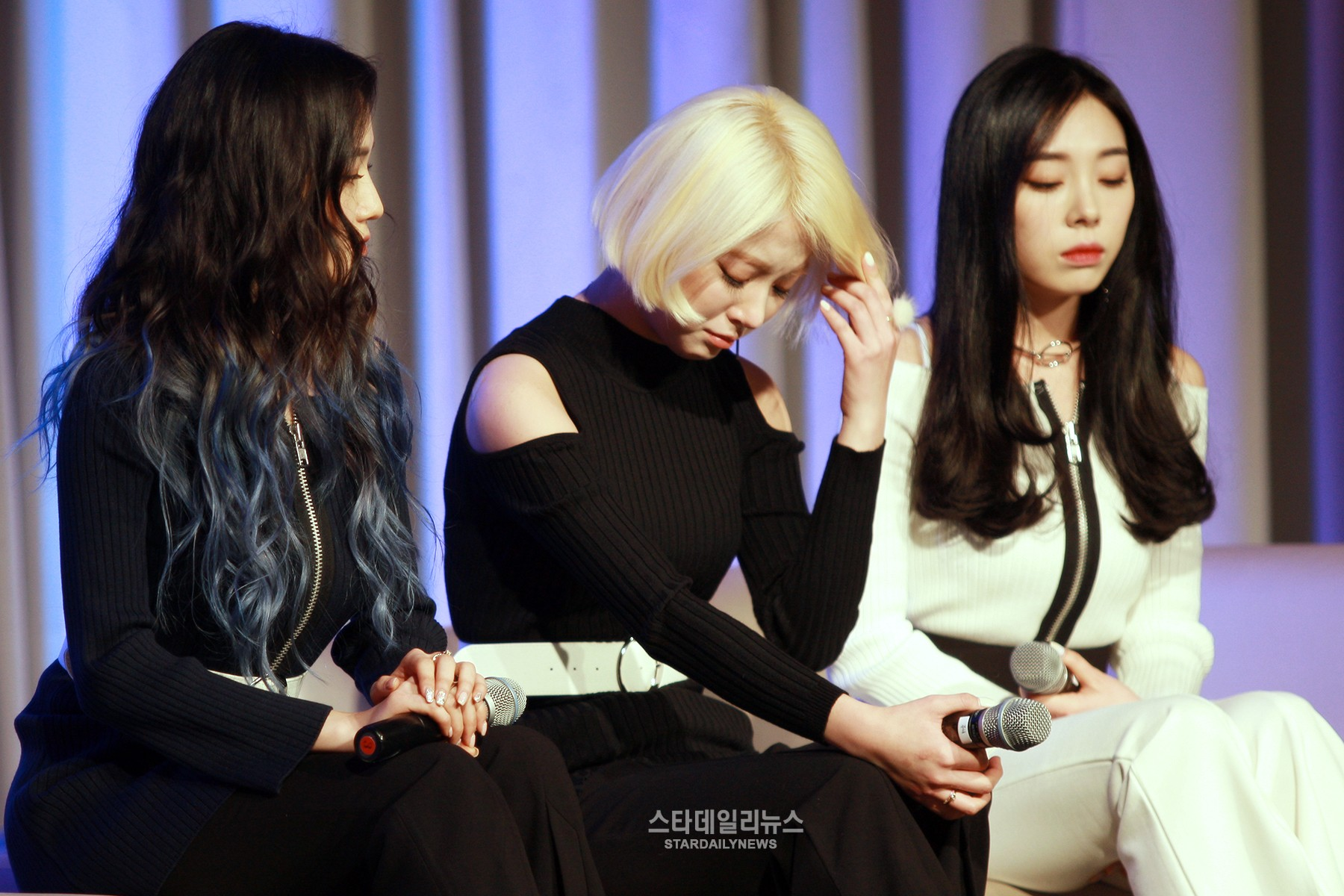 Ladies' Code Shed Tears Remembering Their Members