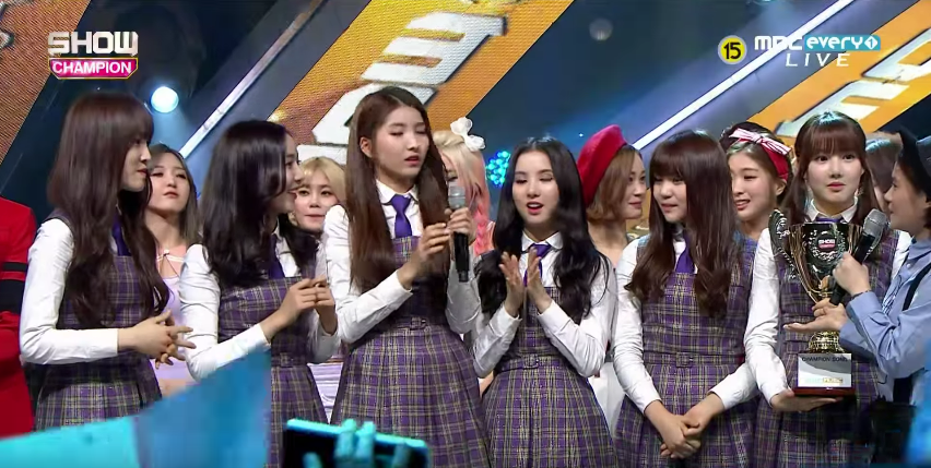 """GFRIEND Wins With """"Rough"""" On """"Show Champion"""" + Performances by Ladies' Code, NU'EST and More"""