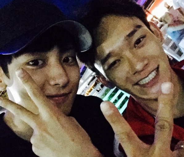 EXO's Chanyeol Didn't Know Chen Had Released a Song?