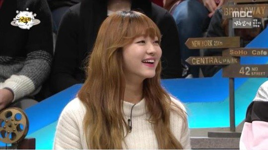 "Watch: Oh My Girl's Yooa Receives Spotlight for Her Dance Skills on ""The Gifted"""