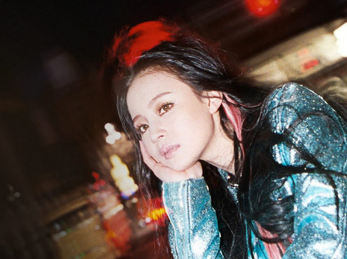 Updated: Lee Hi Reveals Half Album Tracklist and Teasers