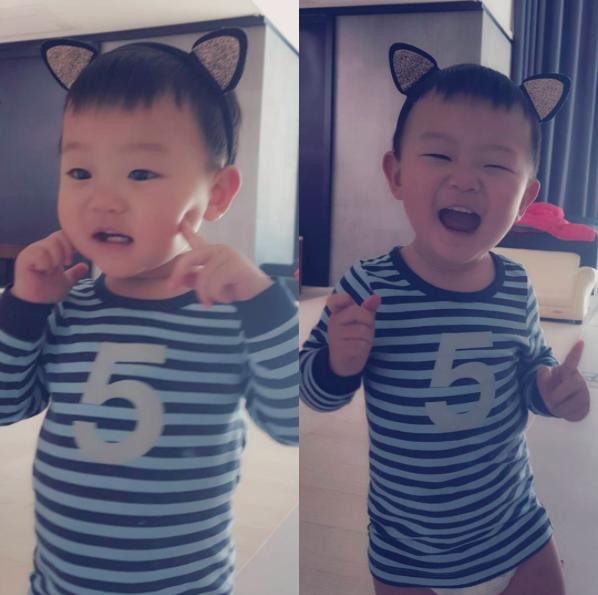 Baby Daebak Rocks Some Adorable Cat Ears on Instagram