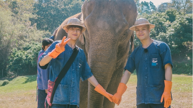 """GOT7's Jackson and BamBam Join """"Where Does My Friend Live"""" for Trip to Thailand"""