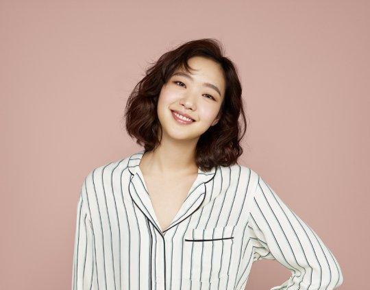Actress Kim Go Eun Talks About Friendship With Park Bo Gum, Go Kyung Pyo, and Ryu Jun Yeol