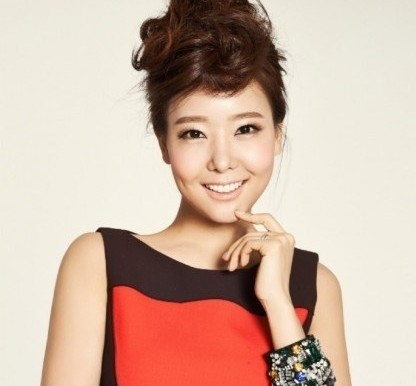 Actress So Yoo Jin Reveals Previously She Had a Miscarriage