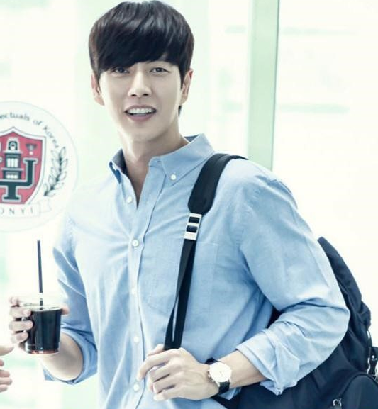 "Park Hae Jin Assures Fans He's Doing Fine After ""Cheese in the Trap"""