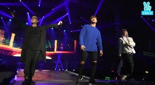 Song Joong Ki and Lee Kwang Soo Make Guest Appearances at Turbo's First Concert