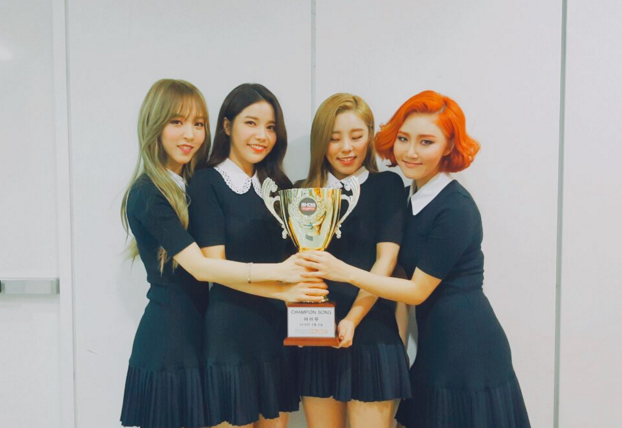 """MAMAMOO Takes 2nd Win for """"You're The Best"""" on """"Show Champion"""""""